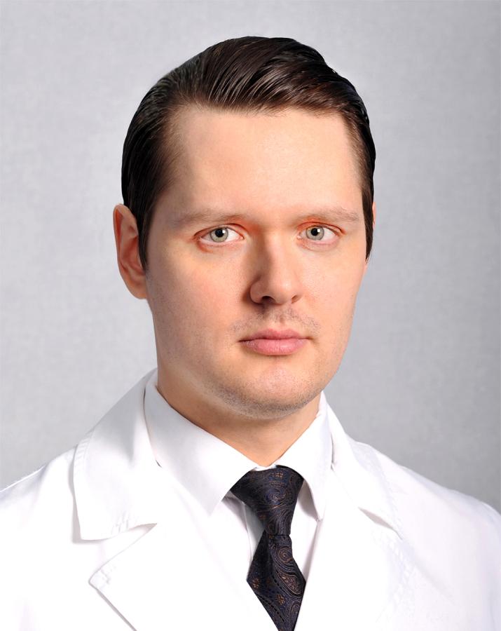 врач - офтальмолог, офтальмохирург Анисимов Алексей Андреевич